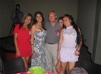Our client with beautiful and young Latin women during the socials event